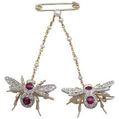 1890s Antique Victorian 1.10 Carat Ruby and Opal Diamond and Gold Bee Brooch