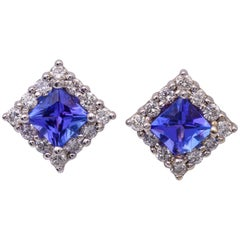 Tanzanite and Diamonds Stud Earrings