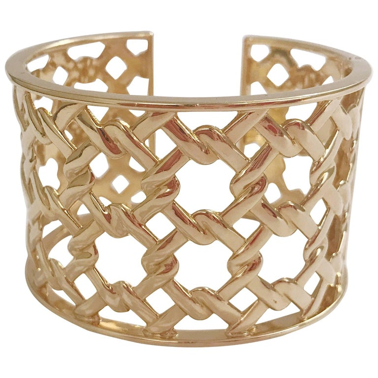 97b7b45f64d Basket Weave Yellow Gold Hinged Cuff Bracelet For Sale at 1stdibs