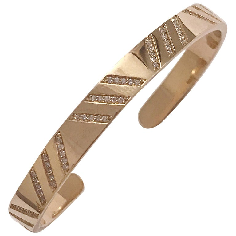 'Slash' Diamond and Yellow Gold Cuff Bracelet