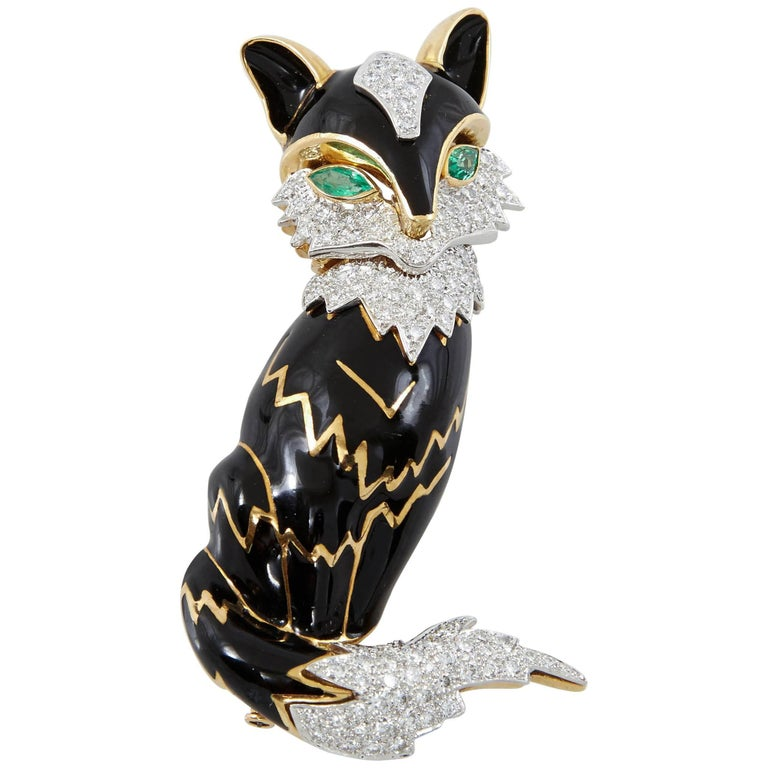 David Webb Diamond Emerald Enamel Foxy Brooch For Sale