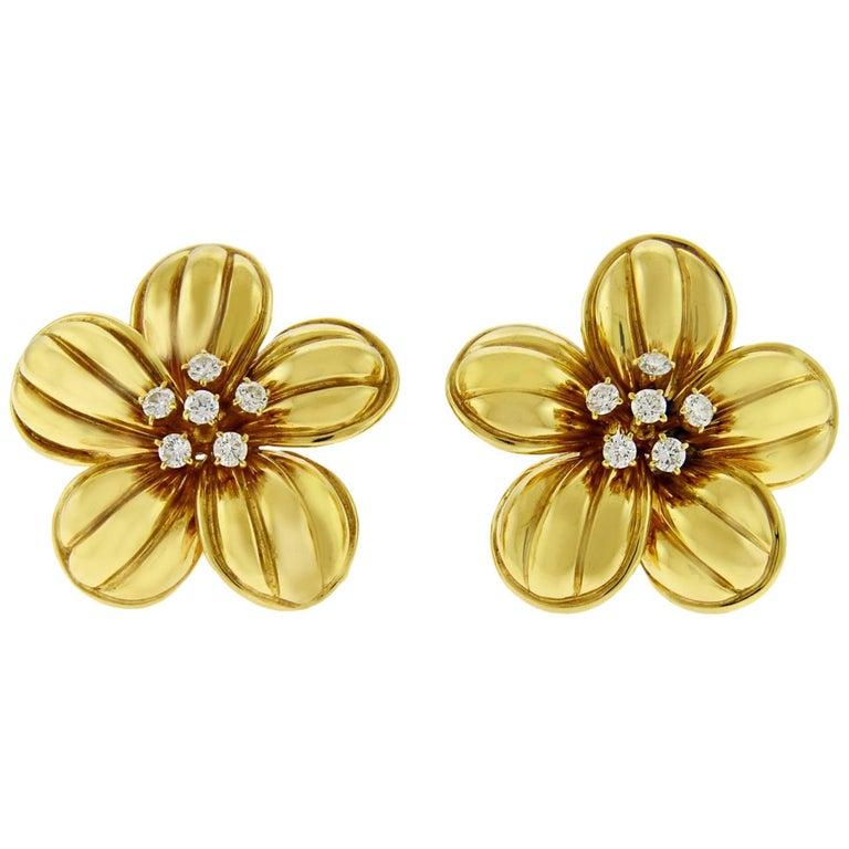Diamond and 18 Karat Yellow Gold Flower Clip-On Earrings