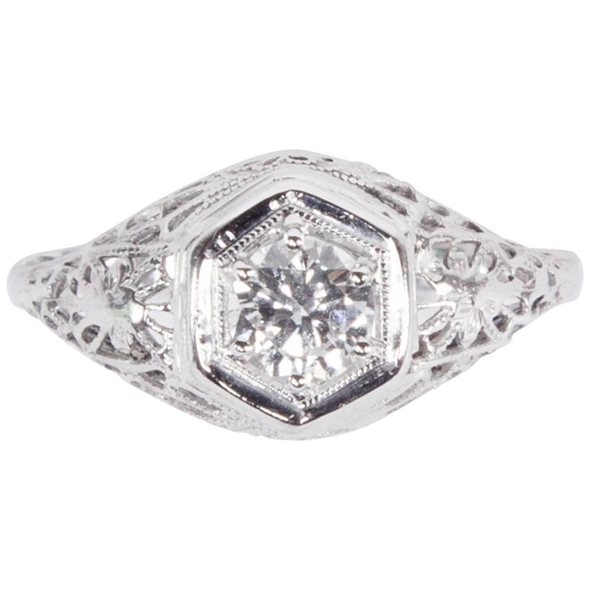 Art Deco Diamond Filigree Platinum Solitaire Engagement Ring Estate Fine Jewelry