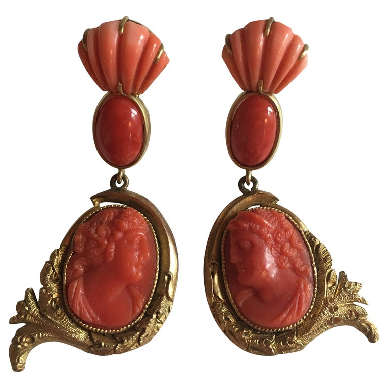 Antiques Cameo Earrings Coral Gold