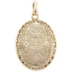 French Belle Epoque Rose Gold Openwork Rock Crystal Locket, circa 1880s