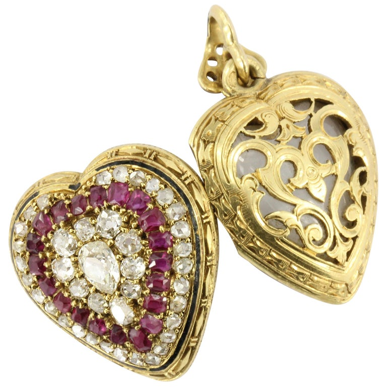 Rare French Belle Époque Yellow Gold Old Mine Cut Ruby Heart Locket