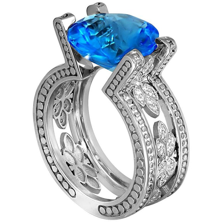 Blue Topaz Diamond White Gold Ring One of a Kind  1
