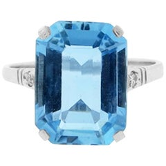 Vintage Platinum Mount Aquamarine and Diamond Ring