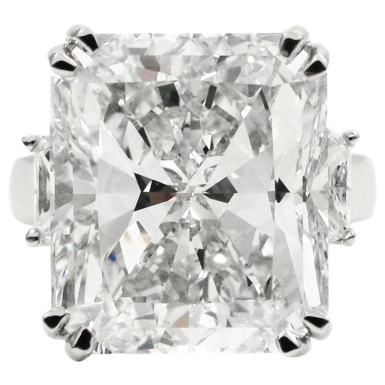 Important 15.14 Carat Radiant Cut Diamond G VS1 Platinum Ring GIA Certified