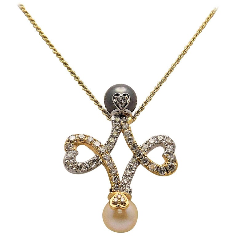 Pearl Diamond Double Heart Pendant Chain For Sale