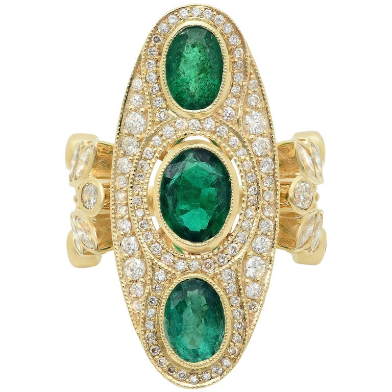 KC Sukamto Majeste Emerald Diamond Yellow Gold Cocktail Ring 1