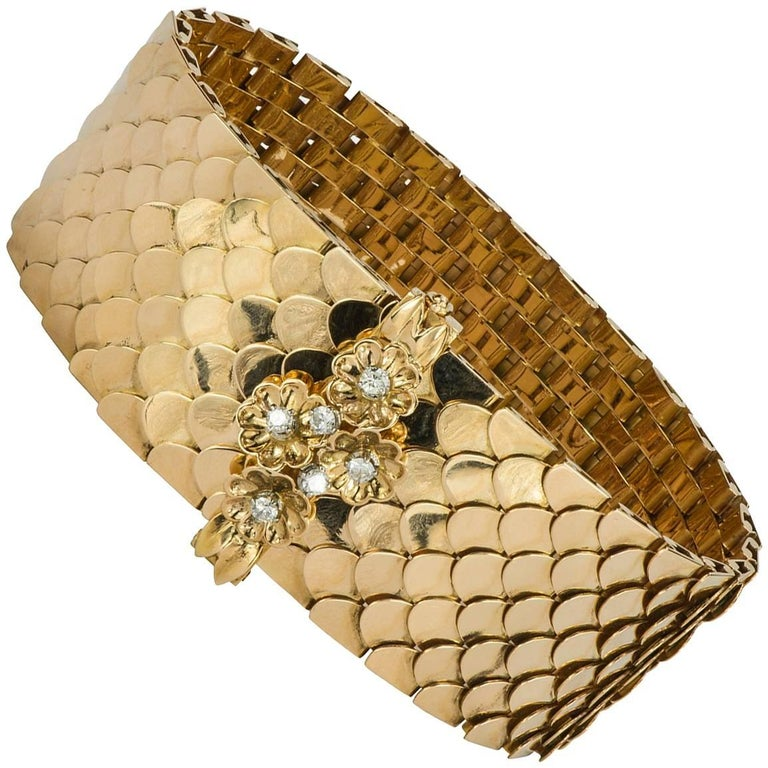 Retro Diamond and Yellow Gold Buckle Bracelet For Sale