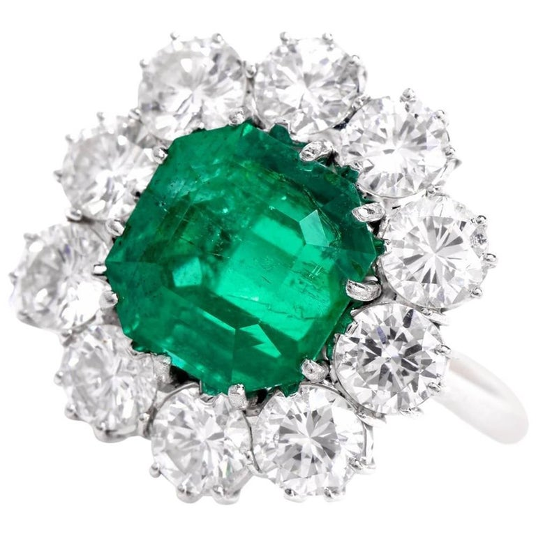 1960s Stunning Colombian Emerald Diamond Cocktail Ring At