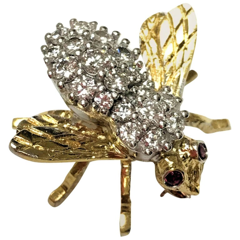 Herbert Rosenthal 18 Karat Diamond and Ruby Bee Pin For Sale