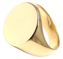 Vintage Cartier Oval Shape Signet Yellow Gold Ring