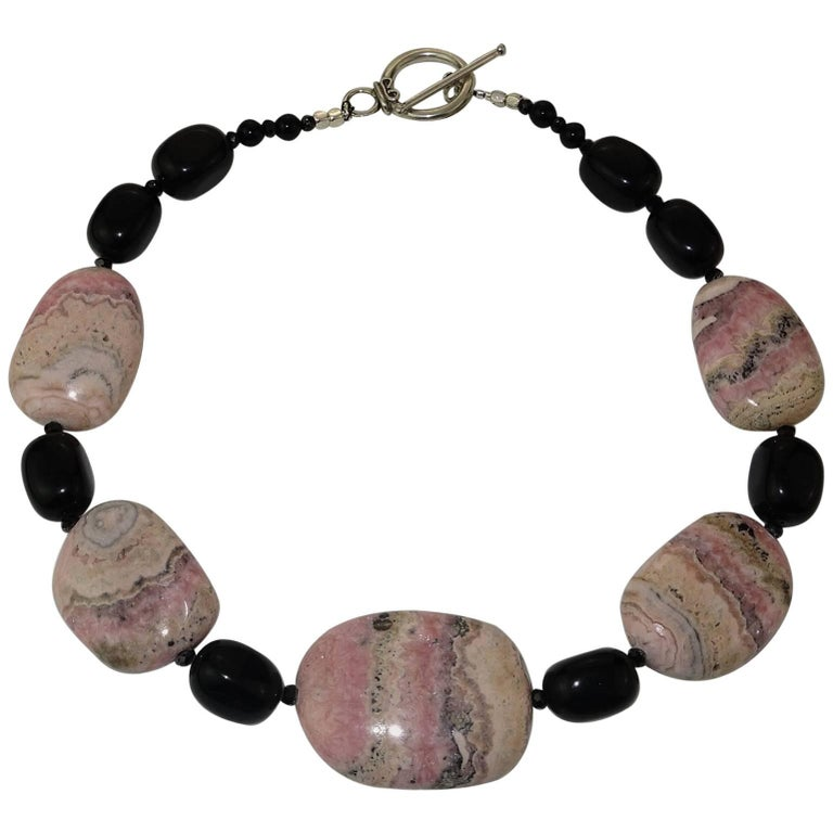 Argentine Rhodochrosite and Black Onyx Necklace with Sterling Silver Clasp For Sale