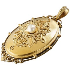 Large Antique Victorian Filigree Design Pearl Gold Locket