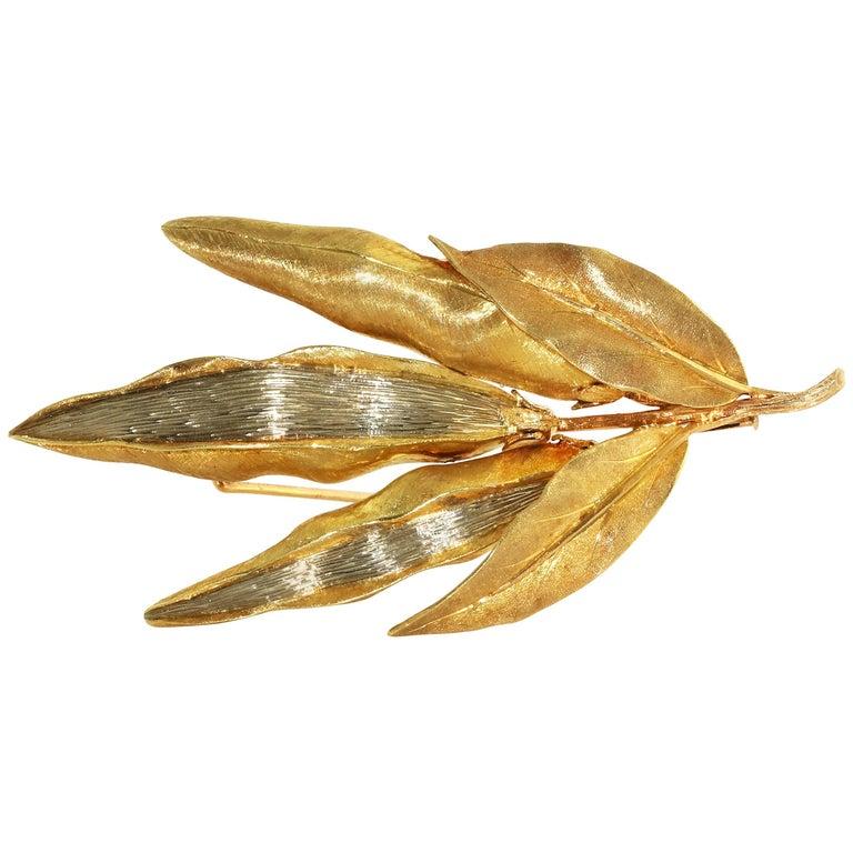 Buccellati Pea Pod 18 Karat Yellow Gold Brooch