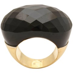 1980s Trapezoid Faceted Oblong Oval Cut Large Onyx Chic Gold Cocktail Ring