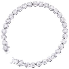 Fabulous 10.26 Carat Diamond Tennis Bracelet Set in 18 Karat White Gold