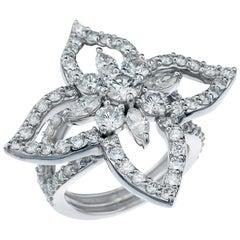 Floral Diamond Ring in 18 Karat White Gold