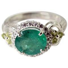 Exquisite Emerald Ring