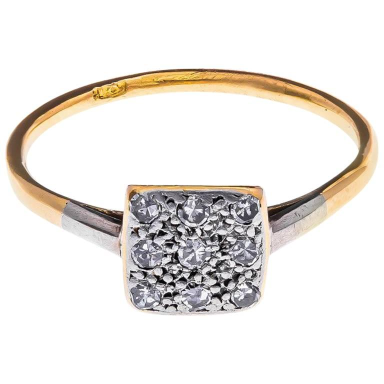 Art Deco 18 Carat Gold and Platinum 0.25 Carat Diamond Cluster Ring For Sale