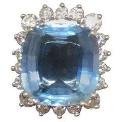 Gubelin 6.00 Carat Aquamarine Diamond Cocktail Ring