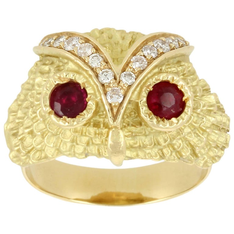 Yvonne Leon Contemporary Ruby Diamond Gold Ring
