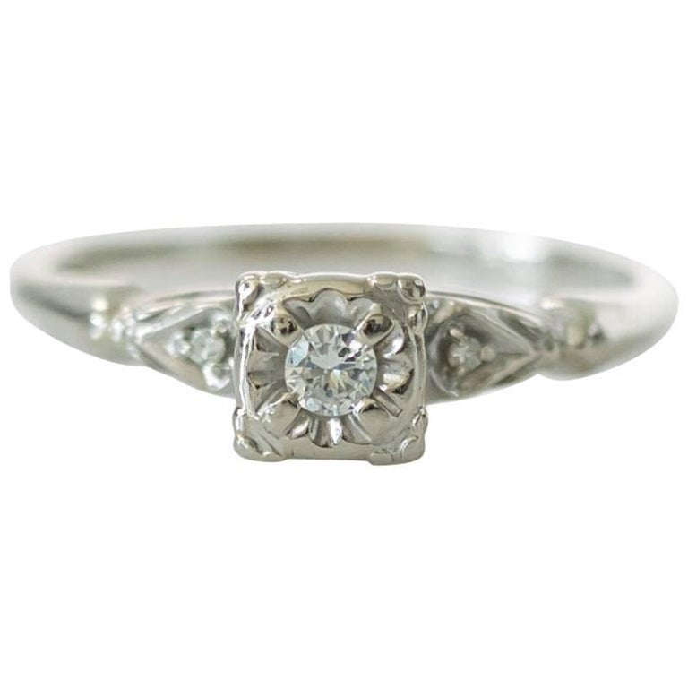1940s 02 Carat Diamond And 14k White Gold Engagement Ring For Sale