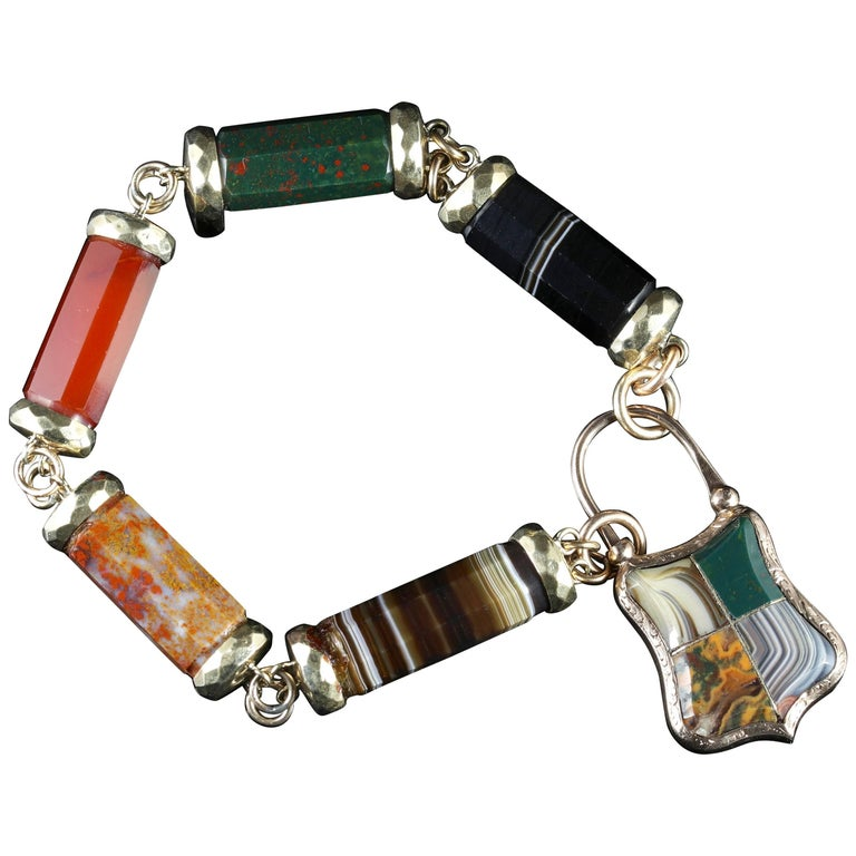 Antique Victorian Scottish Agate Gold Bracelet with Padlock For Sale