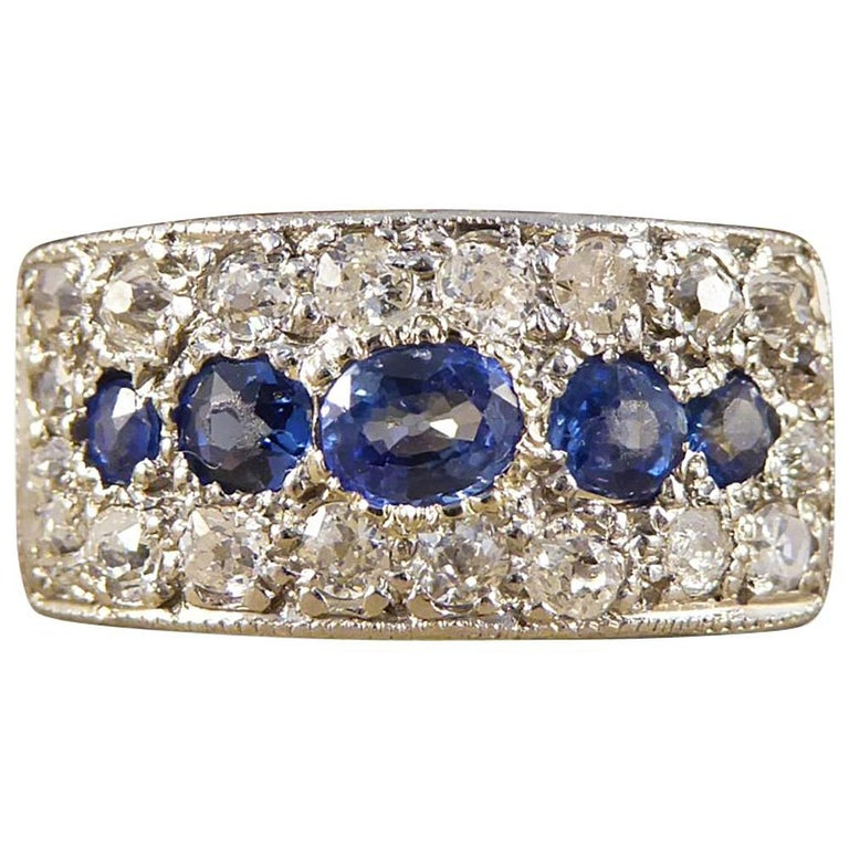 1930s Diamond and Sapphire Horizontal Panel Ring in 18 Carat Gold and Platinum