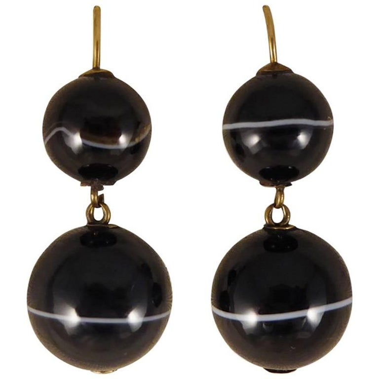 Antique Late Victorian Banded Agate Drop Earrings