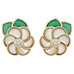 Van Cleef & Arpels Green Jade Diamond Mother-of-Pearl Flower Earrings