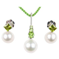 Autore White Gold South Sea Pearl, Diamond and Peridot Pendant and Earrings Set