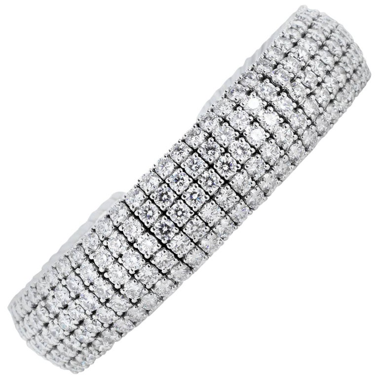 20.77 Carat Round Brilliant Cut Diamond Cuff Bracelet