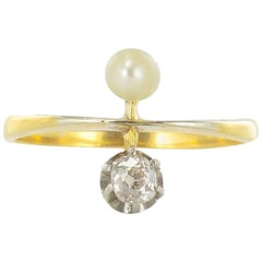 Antique Toi et Moi 18 Karats Yellow Gold Natural Pearl Diamond Ring