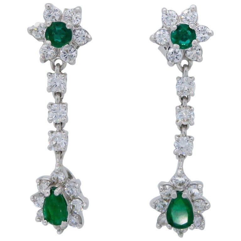 Emerald and Diamond 1 00 Carat Drop Earrings For Sale at 1stdibs