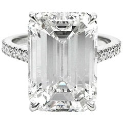 Important 9.10 Carat Emerald Cut I VS2 Diamond Pave Platinum Ring GIA Certified