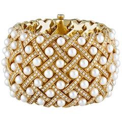 Matelassée-Style Pearl and Diamond Cuff Bracelet