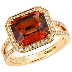 Vibrant 5.07 Carat Mandarin Garnet Diamond Gold Ring