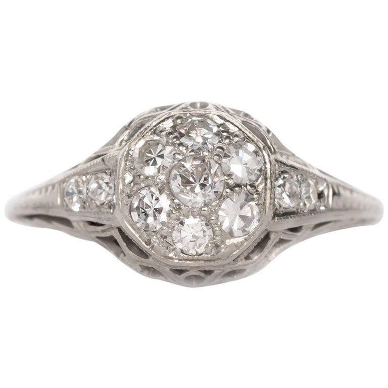 25 Carat Total Weight Diamond White Gold Engagement Ring For Sale at 1stdibs