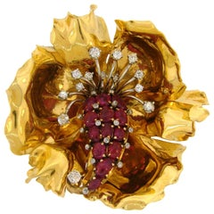 French Ruby Diamond Yellow Gold Flower Brooch Pin Clip, 1950s