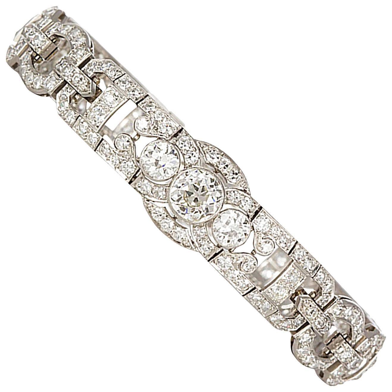 Art Deco Diamond and Platinum Bracelet 10.19 Carat