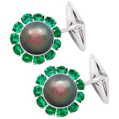 Ella Gafter Black Tahitian Pearl and Emerald White Gold Cufflinks