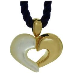 Van Cleef & Arpels Mother-of-Pearl Yellow Gold Silk Cord Heart Pendant