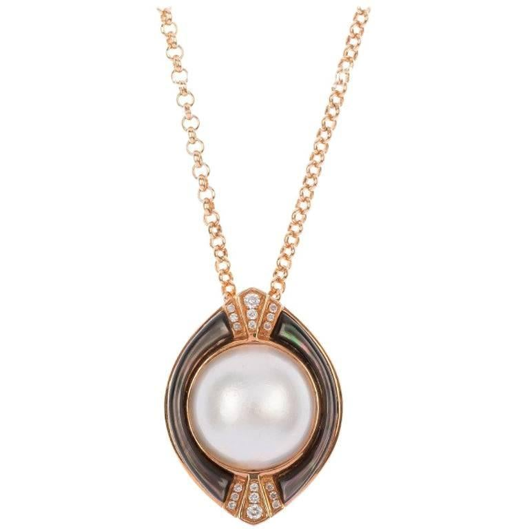 Mabe Pearl Necklace: 18 Carat Rose Gold Mabe Pearl Diamond Pendant For Sale At