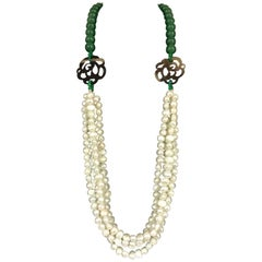 Baroque Pearls and Green Pearls Necklace