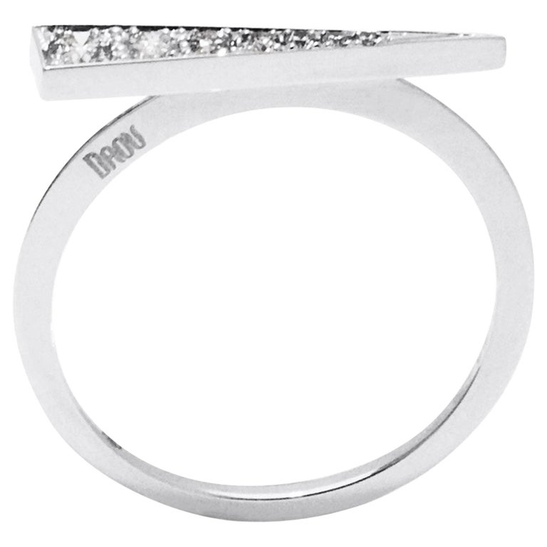 Daou Spark Ring in Diamonds and White Gold, Dynamic and Delicate Modern Design