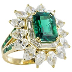 Mauboussin Certified Colombian Emerald Diamond Ring